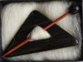 Dreiecksbrosche Ebenholz